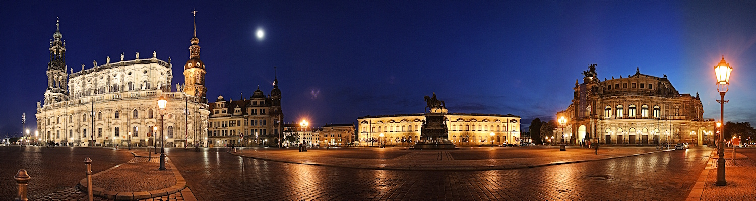 Theaterplatz Dresden